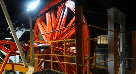ascenseur-hydraulique-tour-effeil-450px